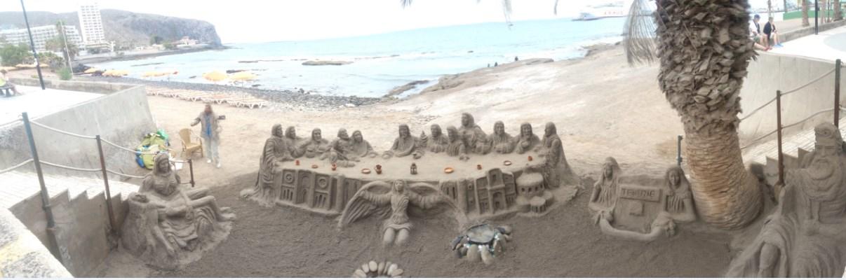 Ultima cena in sabbia sulla spiaggia di Los Cristianos